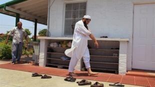 L'un des fils de Hafiz Khan imam de la mosqué de Miami en Floride.