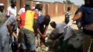 尼日利亞發生兩起自殺炸彈襲擊。2018-05-01