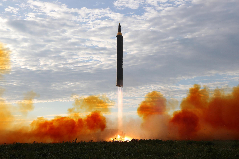 朝鲜9月16日发射一枚飞越日本的导弹