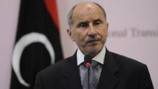 Kiongozi Mpya wa Libya Mustafa Abdel Jalil ambaye ametoa ombi kwa NATO kundelea kusalia katika nchi yake hadi mwisho wa 2011