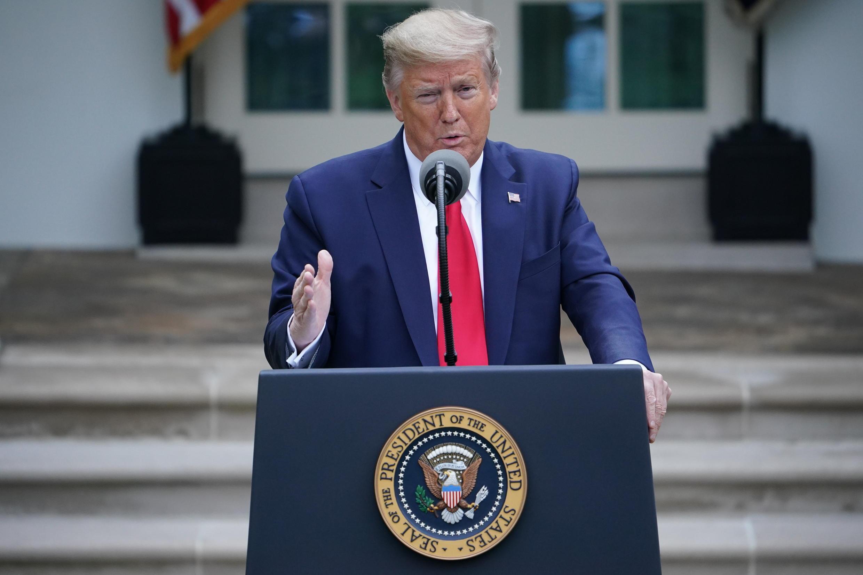 El presidente de EEUU, Donald Trump, habla sobre la pandemia de coronavirus el 14 de abril de 2020 en la Casa Blanca, en Washington