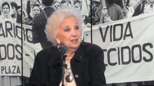 Estela de Carlotto, presidenta de las Abuelas de la Plaza de Mayo, fue la invitada de Escala en París.