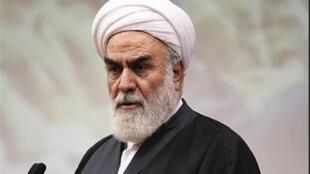 آیت الله محمد محمدی گلپایگانی رئیس دفتر رهبر حکومت اسلامی ایران