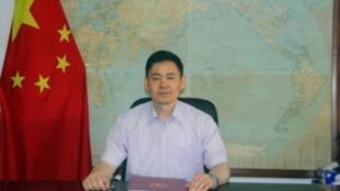 中國駐巴布亞新幾內亞大使薛冰,使館官網截圖