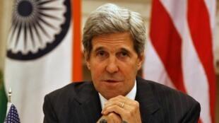 美國國務卿克里表示,目前美國不知斯諾登的目的地是哪裡2013年6月24日在新德里