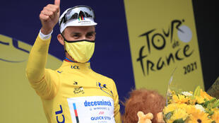 Julian Alaphilippe (Deceuninck) vainqueur de la 1re étape du Tour de France, entre Brest et Landerneau, le 26 juin 2021
