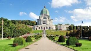 St. Joseph Oratory, em Montreal, meca turística do Canadá.