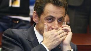 La derecha francesa está envuelta en escándalos y procesos judiciales muy inoportunos para el ex presidente Nicolas Sarkozy.