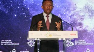 Le président malgache Hery Rajaonarimampianina à Paris lors du Forum économique francophone, le 27 octobre 2015.