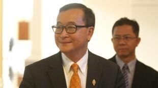 Sam Rainsy à Phnom Penh en avril 2015. Le chef de l'opposition cambodgienne vit aujourd'hui en exil.