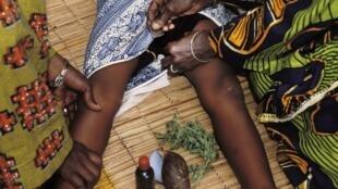 Ana kokarin yi wa wata yariya Kaciya a kasar Sudan.