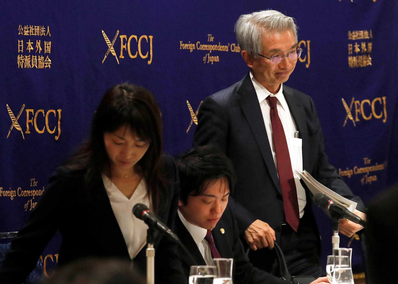 Image d'archive: Me Junichiro Hironaka, l'avocat de Carlos Ghosn, en conférence de presse en mars 2019.存档图片:戈恩日本首席律师弘中纯一郎 摄于2019年三月初