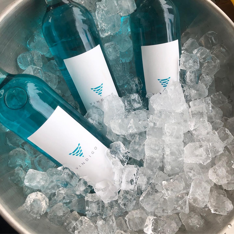 """Outra marca francesa, a Vindigo logo se adaptou às determinações para que retirasse a palavra """"vinho"""" da sua etiqueta."""