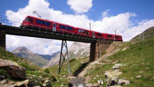 瑞士湖光山色吸引中国游客
