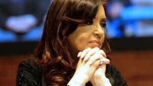 Les élections législatives du dimanche 27 octobre en Argentine arrivent à mi-mandat de la présidence de Cristina Kirchner.