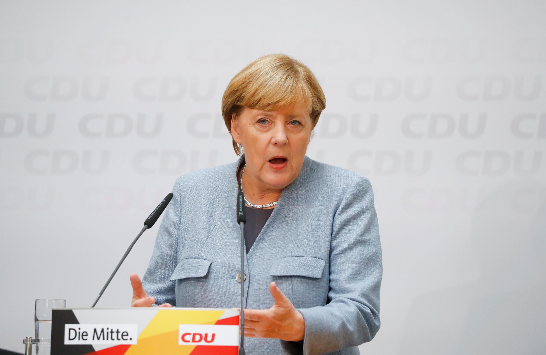 A chanceller Angela Merkel durante uma conferência de imprensa na sede do partido CDU, 25 de Setembro 2017.