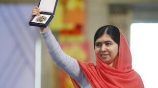 ملاله یوسفزی هفده ساله، جوانترین برندۀ نوبل تاریخ است.