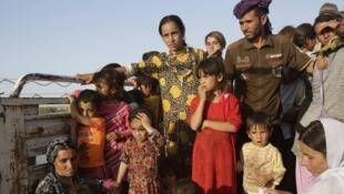 Les Yézidis ne sont pas les seuls à fuir l'organisation Etat islamique.