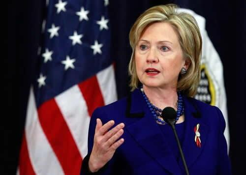 Ngoại trưởng Mỹ Hillary Clinton. Trong bản báo cáo thường niên  về tự do tôn giáo quốc tế, Bộ Ngoại giao Mỹ vẫn chưa đưa Việt Nam vào danh sách CPC