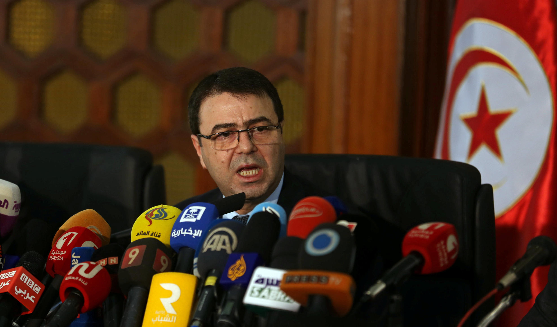 Le ministre tunisien de l'Intérieur Hédi Majdoub lors d'une conférence de presse à Tunis, le 19 décembre 2016.