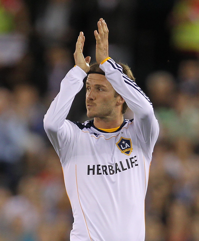 Segundo a imprensa francesa, David Beckham poderá receber 800 mil euros por mês de salário.
