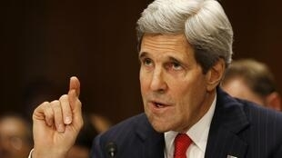 O secretário de Estado norte-americano John Kerry já está discutindo sanções contra a Rússia com seus parceiros ocidentais.