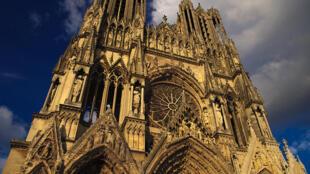 法國漢斯聖母大教堂