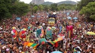 Carnaval do Rio teve o orçamento cortado pela metade pelo prefeito evangélico Marcelo Crivella
