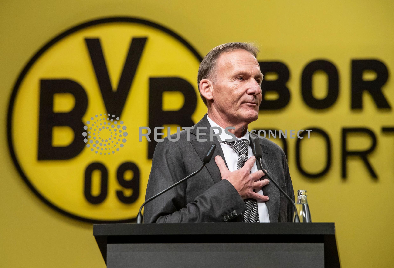 Dortmund chief executive Hans-Joachim Watzke claims that Paris Saint-Germain will struggle with the pressure to advance past the last 16.