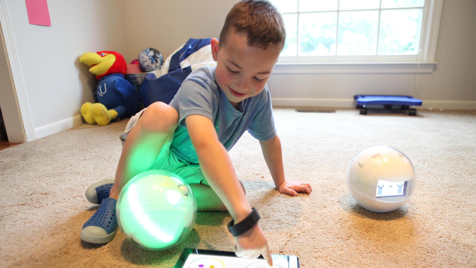 Leka, un petit robot qui devrait être en vente fin 2020.