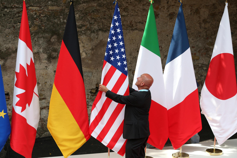 Cờ của 7 nền công nghiệp phát triển nhất thế giới, nhớm G7. Ảnh minh họa.