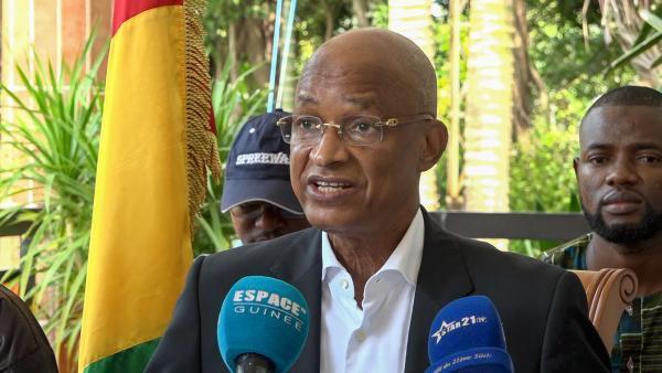 La Cour constitutionnelle a annoncé samedi 7 novembre les résultats définitifs de l'élection présidentielle en Guinée: Cellou Dalein Diallo, chef de file de l'opposition, a contesté ces résultats lors d'une conférence de presse à son domicile.