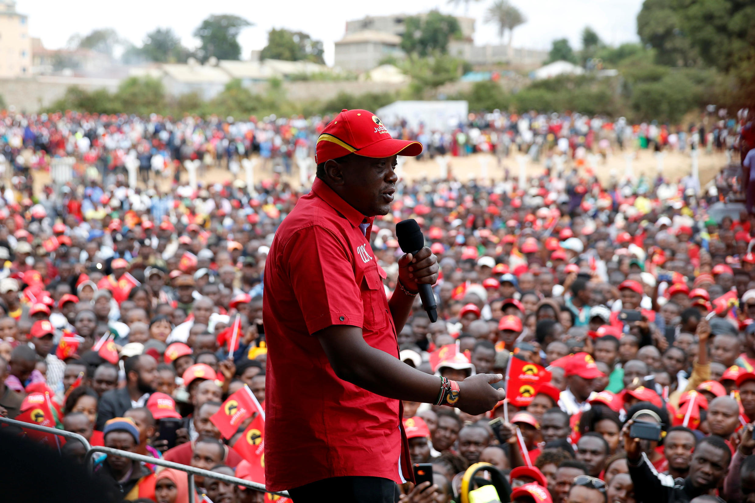 Kenyatta delivers a speech to supporters during a campaign rally in Kitui, 3 August 2017.