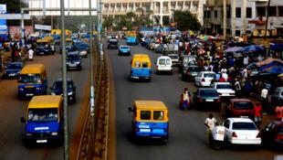 Os transportes colectivos e táxis estão em greve até quinta-feira na Guiné-Bissau.