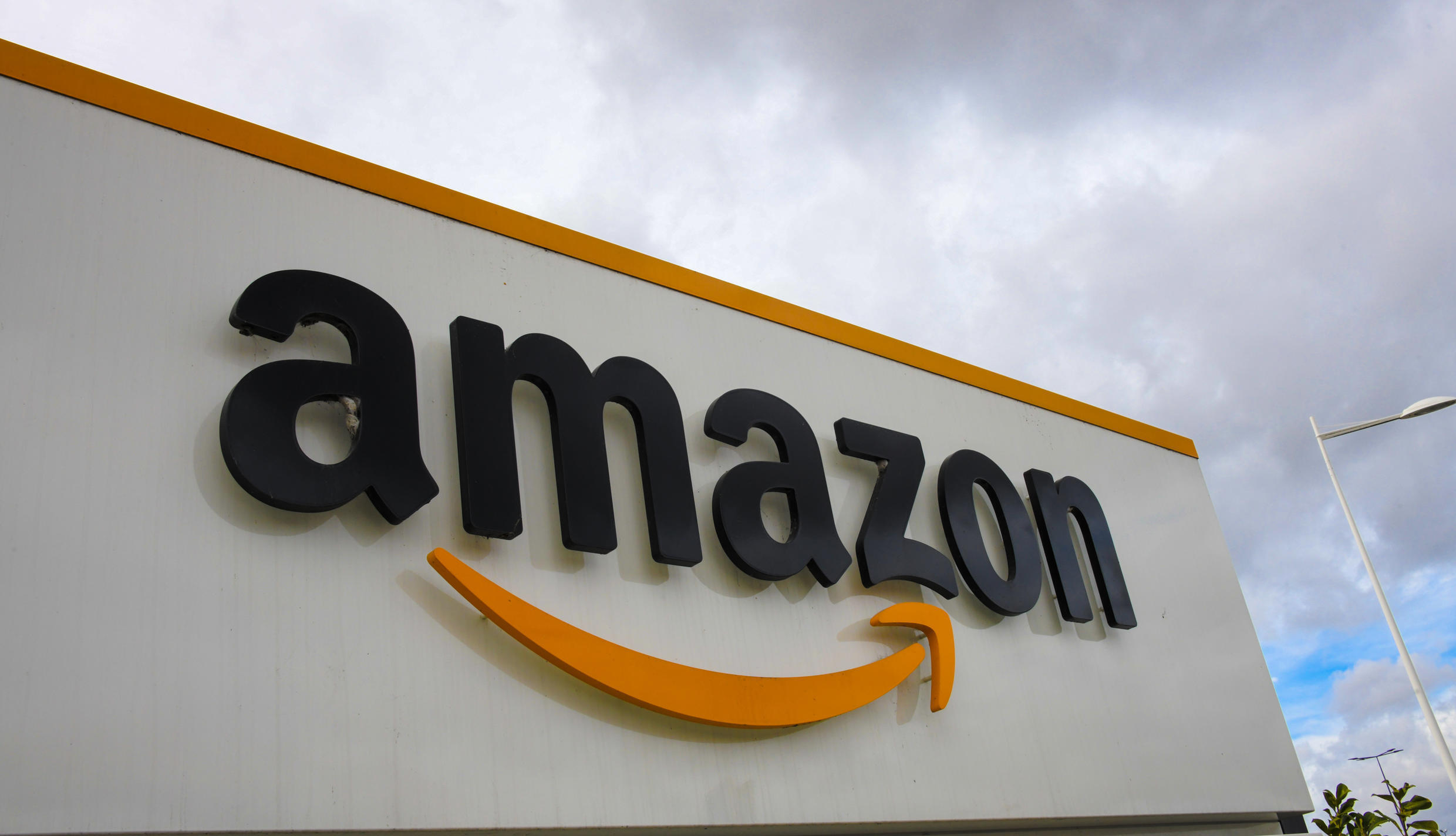 The new jobs will take Amazon's total permanent UK workforce past  40,000, up by a third in a year as the pandemic triggers a surge in online shopping