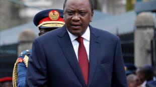 Le président Kenyatta a souvent brandi la corruption comme un fléau à combattre. Cette affaire de NYS pourrait lui donner l'occasion de transformer son voeu en acte.