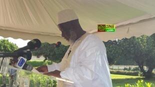 Elhadj Mamadou Salieu Camara does not support banning polygamy.