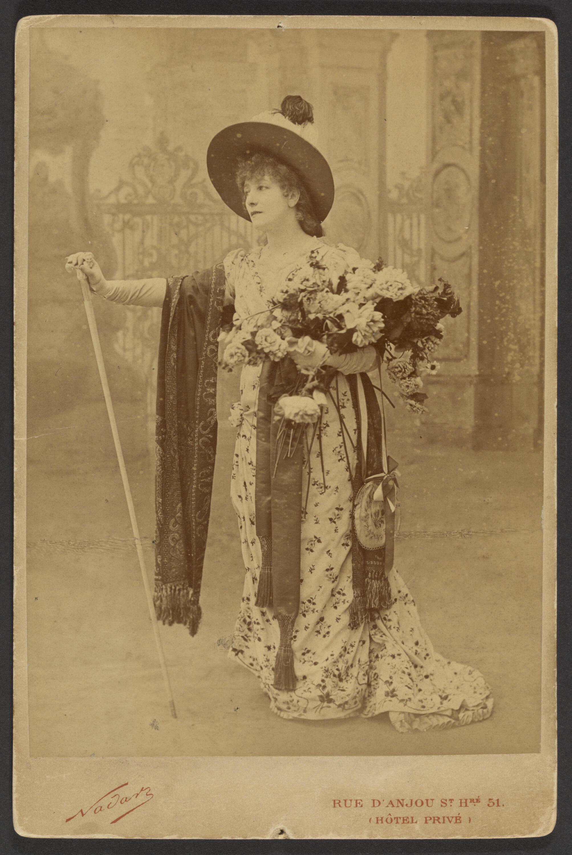 Сара Бернар в роли Флории Тоски. Снимок Поля Надара из коллекции Музея Гетти