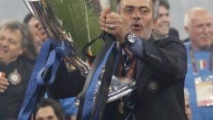 Niềm hân hoan của huấn luyện viên đội Inter Milan Jose Mourinho, 22/05/2010