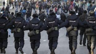 Segurança reforçada nas imediações das sete mesquitas de Moscou onde acontecem as festividades.
