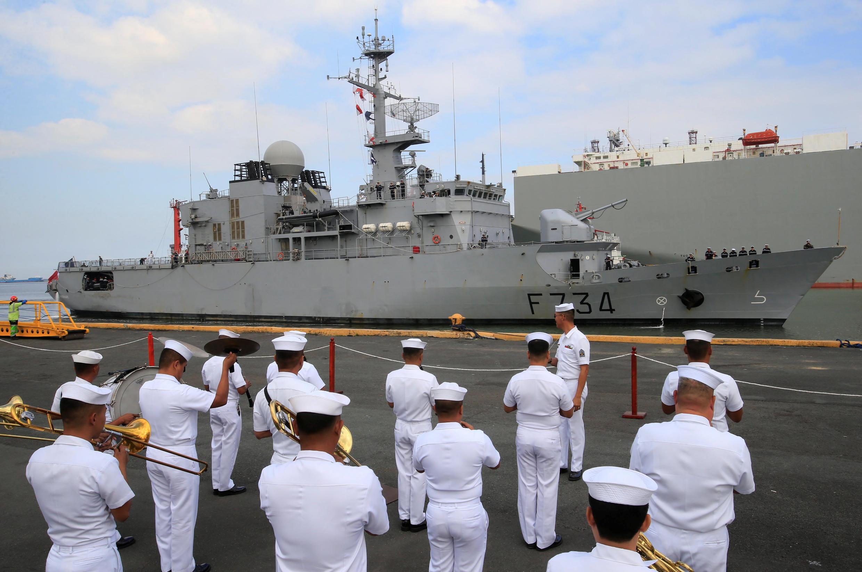 Hải Quân Philippines đón chiến hạm Pháp Vendémiaire ghé thăm cảng Manila năm ngày, ngày 12/03/2018.