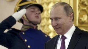 Le président russe Vladimir Poutine pendant une cérémonie de présentation de lettres de créance des ambassadeurs, au Kremlin, le 16 mars 2017.