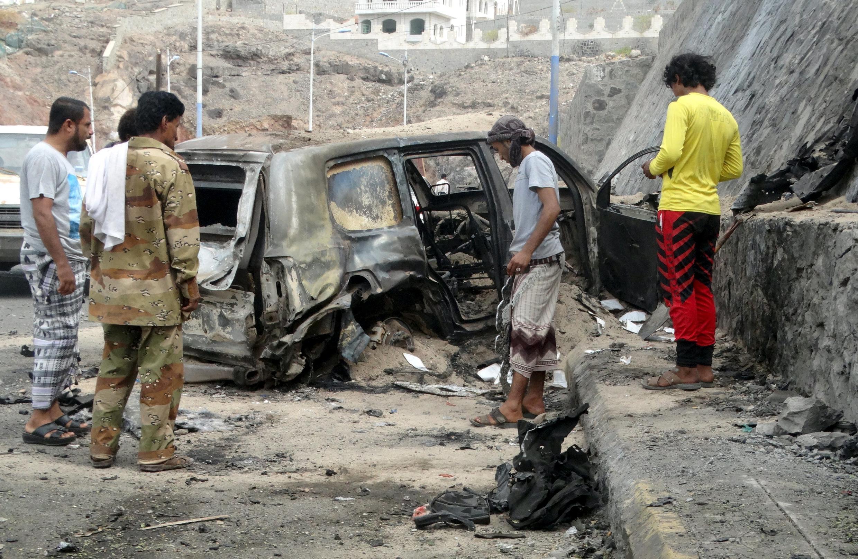 Hiện trường vụ tấn công khủng bố làm thiệt mạng thống đốc Aden.