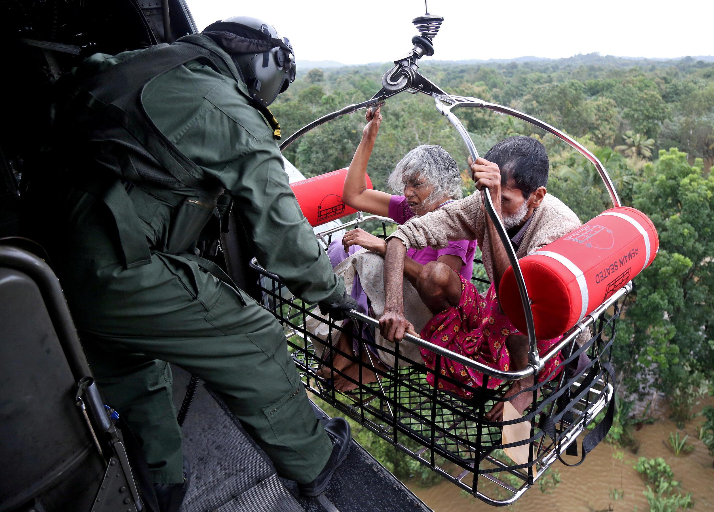 As inundações obrigaram à deslocação de um milhão de habitantes.