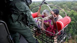 Спасательные работы в штате Керала (Индия)