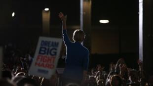 La candidate démocrate Elizabeth Warren a abandonné la course à l'investiture de son parti pour l'élection présidentielle le 5 mars 2020.