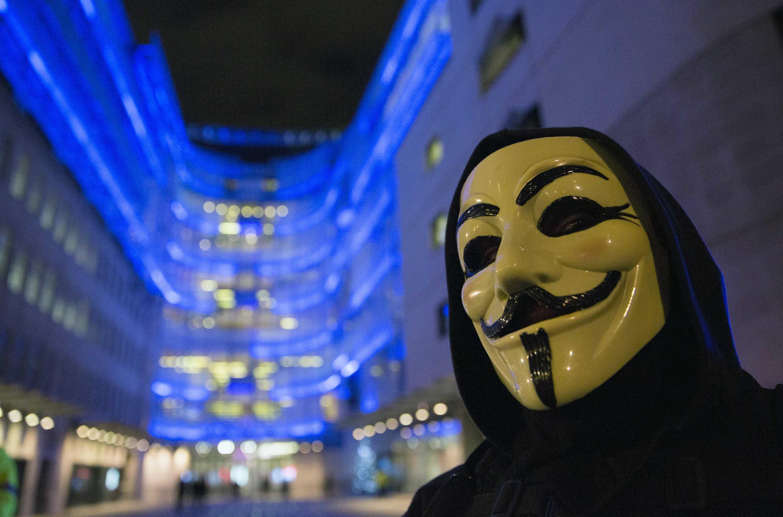 សកម្មជន Anonymous ថ្ងៃទី ២៣ ធ្នូ ២០១៤ នៅទីក្រុងឡុងដ៍