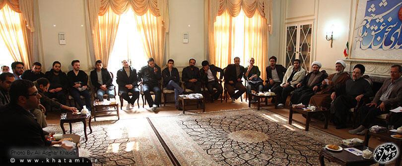 """محمد خاتمی در دیدار با جمعی از دانشجویان و استادان دانشگاه """"مفید"""" شهر قم"""