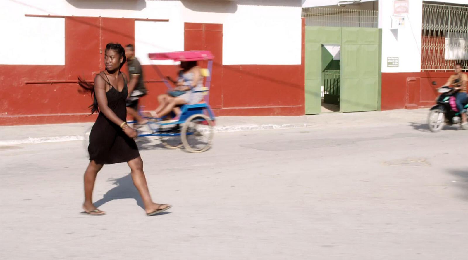 « Haingosoa », un film d'Edouard Joubeaud sur une jeune mère célibataire dans le sud de Madagascar.