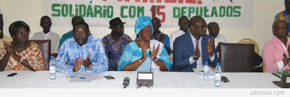 Alguns dos 15 deputados do PAIGC inicialmente expulsos pela Comissão Parlamentar da ANP